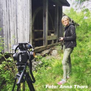 Vovvepäron är ett samarbete med Tinas Hundliv och Medieladan.